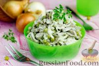 Фото к рецепту: Салат с языком, горошком и маринованным луком