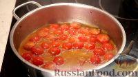 Фото приготовления рецепта: Спаггети с курицей и помидорами черри - шаг №12
