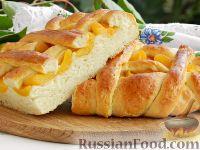 Фото к рецепту: Дрожжевой пирог с абрикосами