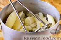 Фото приготовления рецепта: Картофельные котлеты в духовке - шаг №3