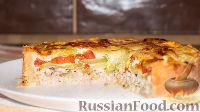Фото к рецепту: Открытый пирог с курицей, кабачками и помидорами