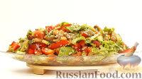Фото к рецепту: Овощной салат с фасолью (интересная заправка, без майонеза)