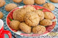 Фото к рецепту: Печенье с кунжутом и овсяными хлопьями