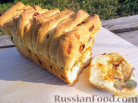 Фото к рецепту: Отрывной луковый хлеб