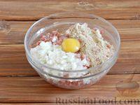 Фото приготовления рецепта: Тефтели в сметанном соусе - шаг №3