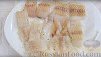 Фото приготовления рецепта: Сочная рыба в кляре - шаг №4
