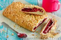 Фото к рецепту: Пирог с вишнёвым вареньем