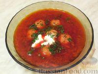 Фото к рецепту: Латышский свекольный суп с фрикадельками