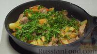Фото приготовления рецепта: Оджахури (жареное мясо с картофелем) - шаг №10