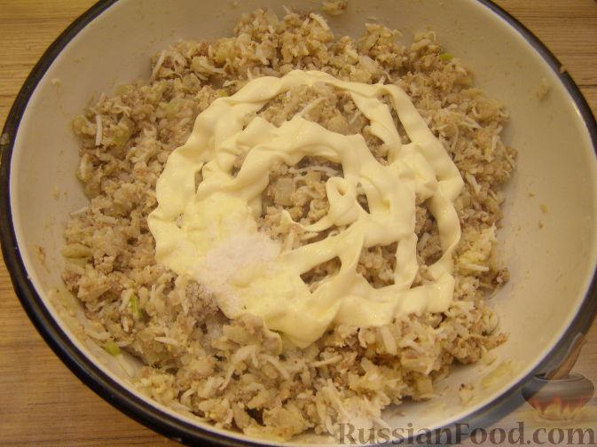 Салат из рыбных консервов и риса рецепт #7