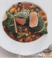 Фото к рецепту: Семга с листовой свеклой и чечевицей