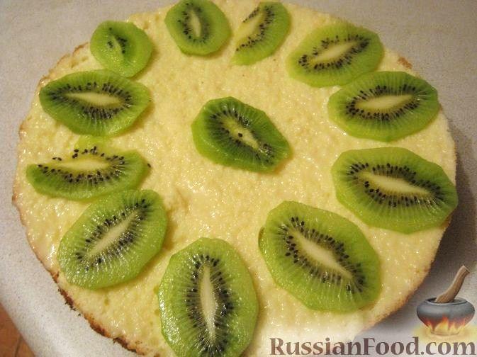 Рецепт Бисквитный торт с киви