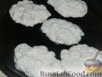 Фото приготовления рецепта: Сырники по-новому - шаг №11