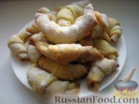Фото к рецепту: Бабушкины рогалики