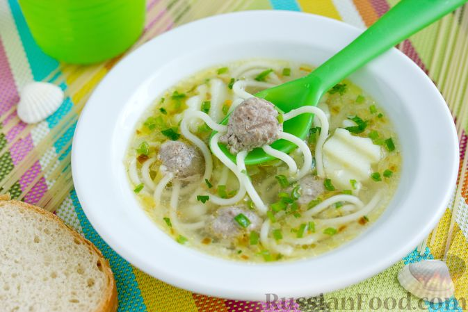 суп с фрикадельками и спагетти