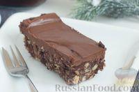Фото к рецепту: Шоколадный торт без выпечки