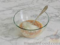 Фото приготовления рецепта: Куриные блины с грибным соусом - шаг №4
