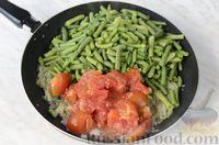 Стручковая фасоль с луком и томатным соусом на сковороде - рецепт пошаговый с фото