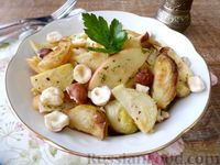 Фото к рецепту: Салат с яблоком, брюссельской капустой и фундуком