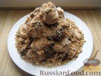 Фото к рецепту: Торт-десерт «Графские развалины» со сгущенкой