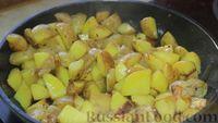 Фото приготовления рецепта: Азу по-татарски, с солёными огурцами - шаг №11