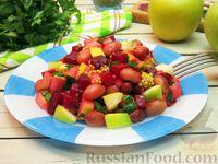 Фото к рецепту: Салат из свёклы, фасоли и яблок