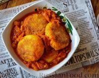 Фото к рецепту: Рыбные котлеты в томатном соусе