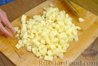 Фото приготовления рецепта: Зелёный борщ со щавелем и крапивой - шаг №2