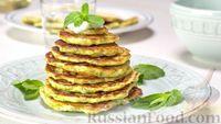 Фото к рецепту: Кабачковые оладьи с соусом дзадзики (цацики)