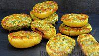Фото к рецепту: Запечённая картошка под ароматной сырной корочкой