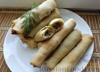 Фото к рецепту: Молдавские пирожки с капустой, луком и зеленью