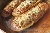Фото к рецепту: «Поцарапанные» кабачки с мясным фаршем и перцем