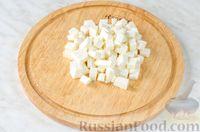 Фото приготовления рецепта: Овощной салат с яблоком, брынзой и маслинами - шаг №9
