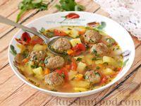 Фото к рецепту: Суп с фрикадельками, картофелем и помидорами
