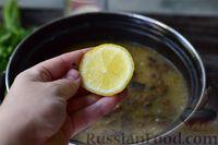 Фото приготовления рецепта: Грибной суп с курицей и молоком - шаг №12
