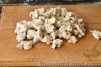 Фото приготовления рецепта: Грибной суп с курицей и молоком - шаг №8