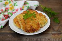 Фото к рецепту: Сырники с кабачками и зеленью