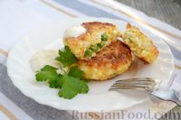 Фото к рецепту: Сырники с варёными яйцами и зелёным горошком