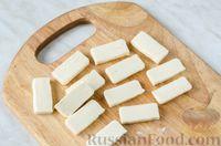 Фото приготовления рецепта: Оладьи с колбасой и сыром - шаг №6