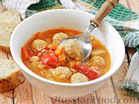 Фото к рецепту: Суп-рагу с фрикадельками, рисом и овощами