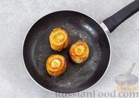 Фото приготовления рецепта: Яичница с сыром в хлебе - шаг №5