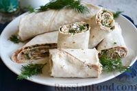 Фото к рецепту: Рулетики из лаваша с консервированной рыбой и солеными огурцами
