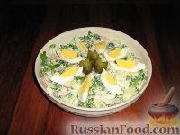"""Фото к рецепту: Салат с черемшой """"Весенняя поляна"""""""