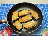 Фото приготовления рецепта: Жареная рыба в кляре на кефире - шаг №9