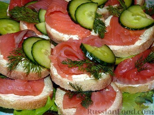 Рецепт Бутерброды с сыром и сёмгой