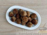 Фото приготовления рецепта: Крокеты из говядины с сыром и цедрой лимона - шаг №14