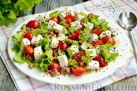 Фото к рецепту: Салат с тунцом, фетой и помидорами