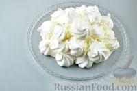 """Фото приготовления рецепта: Торт """"Графские развалины"""" из безе и масляного крема - шаг №13"""