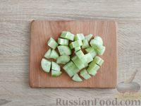 Фото приготовления рецепта: Смузи из шпината и огурца - шаг №3