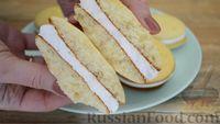 Фото приготовления рецепта: Бисквитное печенье-сэндвич с клубничной и сахарной начинкой - шаг №15